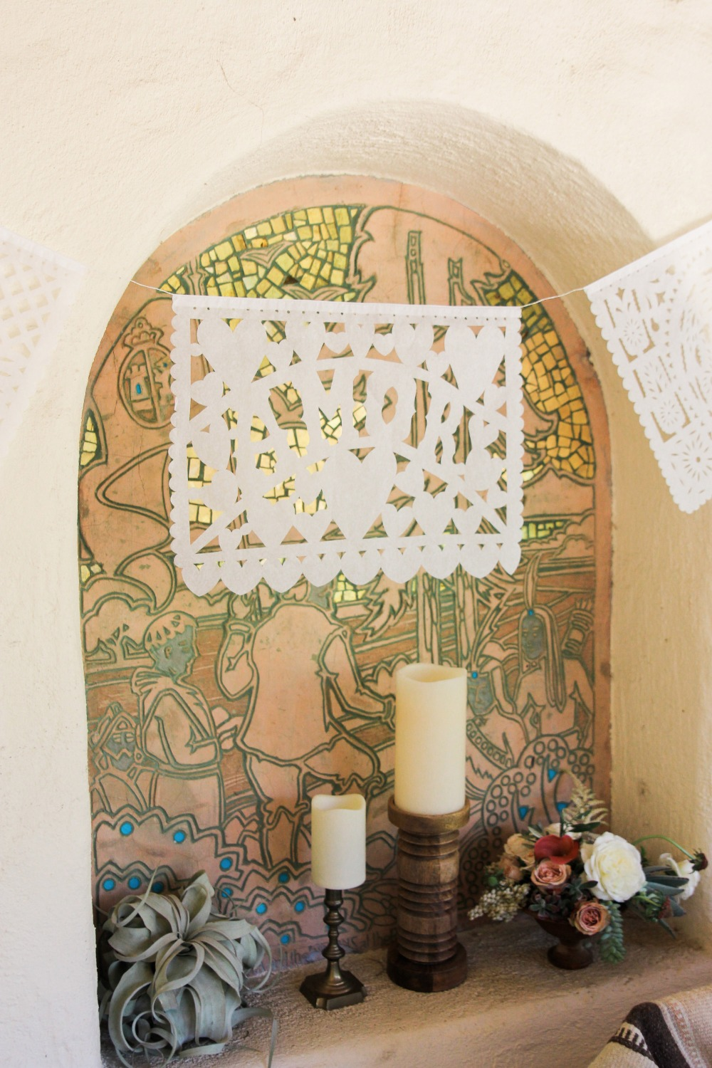 Paper lace banner