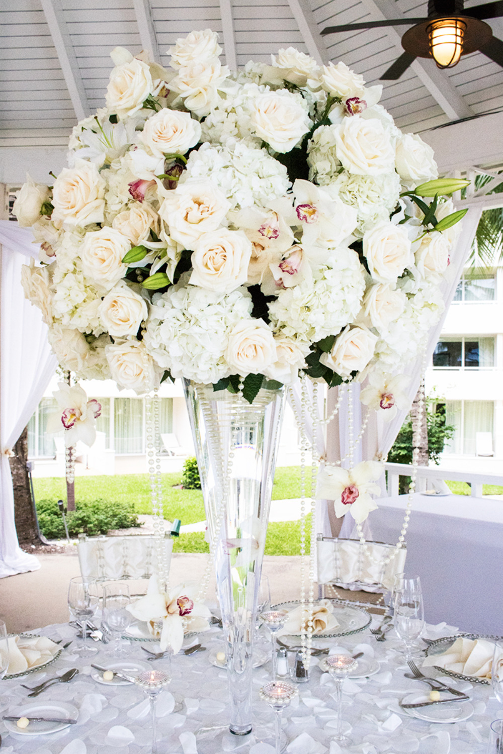 rose orchid and hydrangea wedding centerpiece