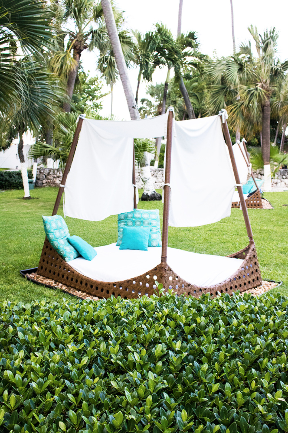 outdoor lounge area at the Hilton in the Bahamas