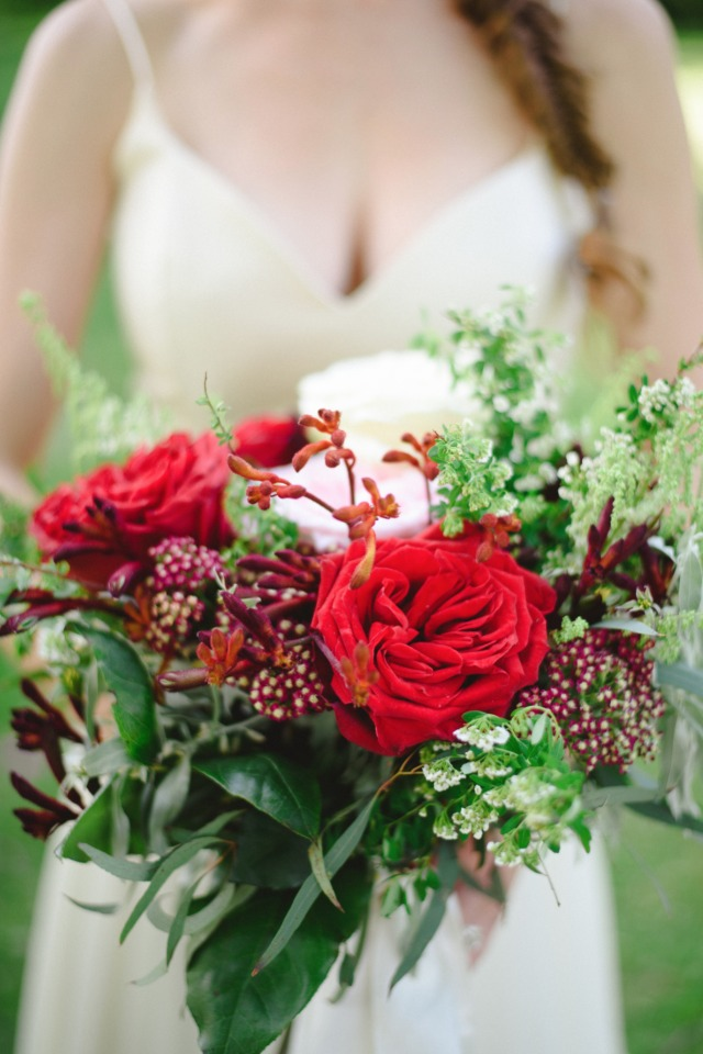 red and deep red wedding bouquet