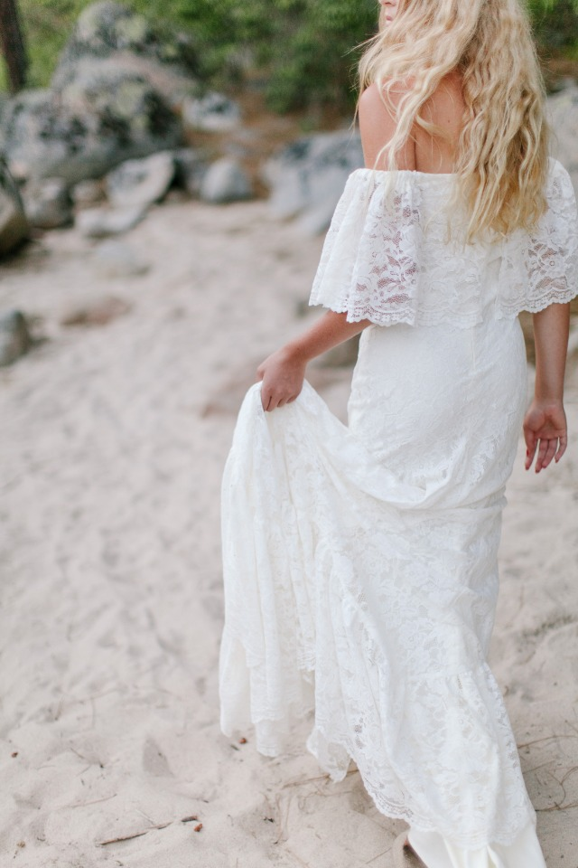 casual and chic bridal style