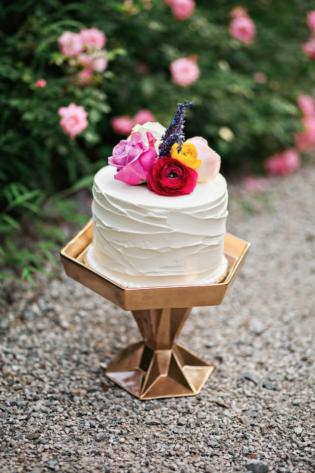 flower topped mini cake