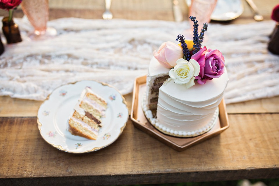 sweet mini wedding cake