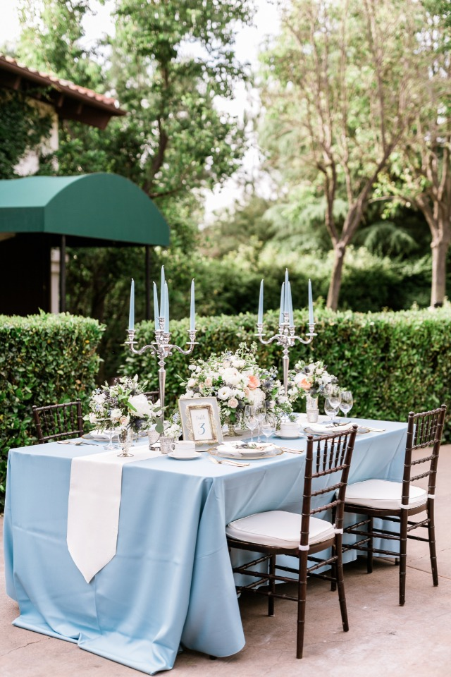 light blue and white wedding table decor