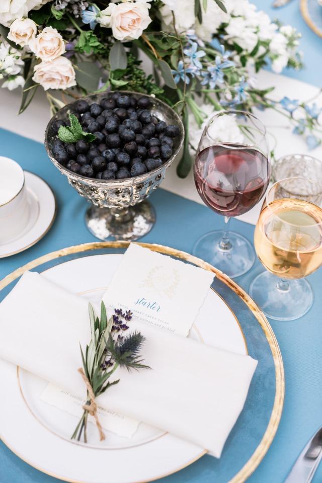 elegant blue silver and gold place setting