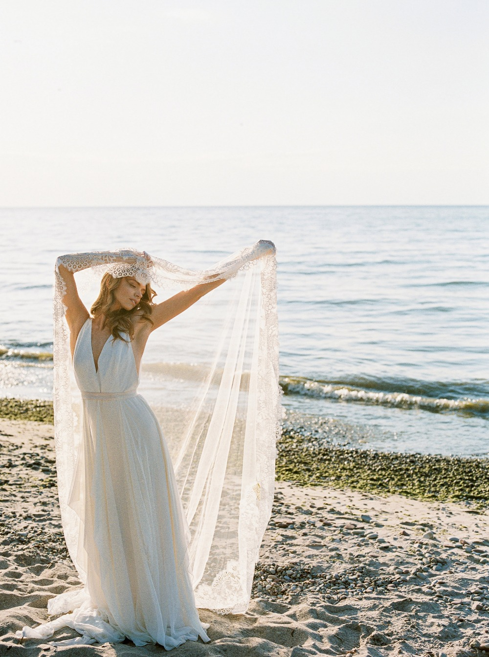 Bride and veil portrait idea at the beach
