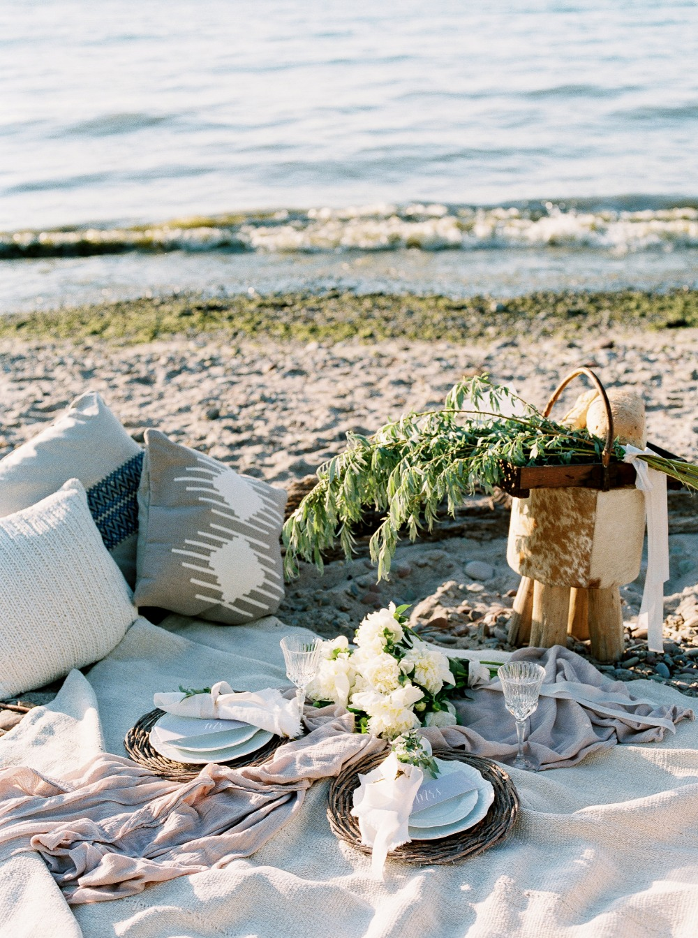 Cozy beach picnic for two