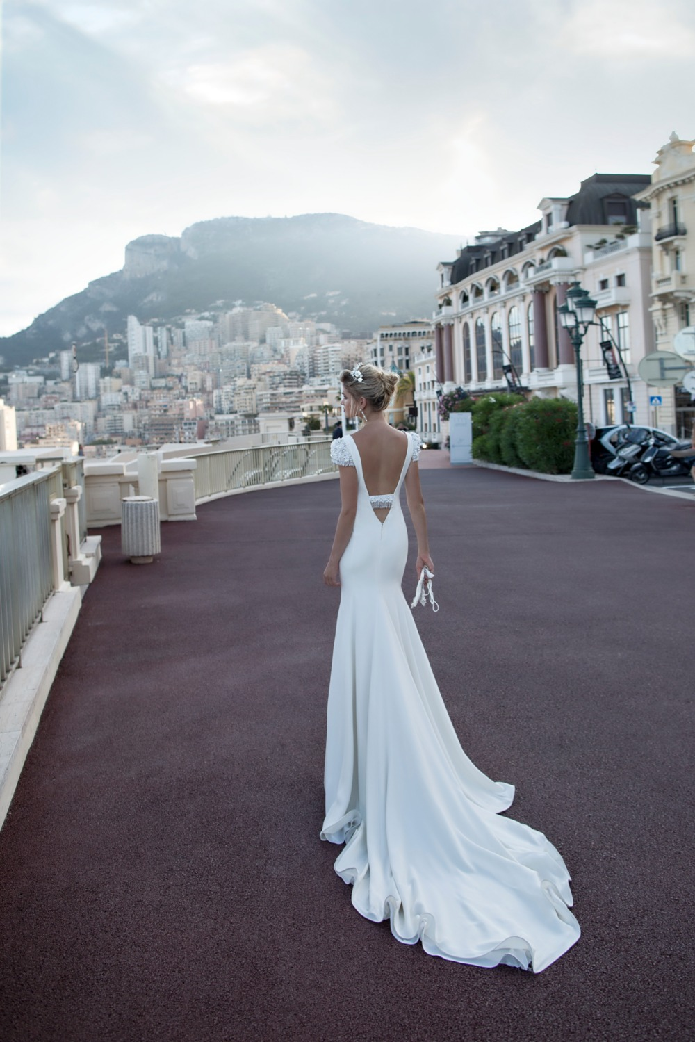 28c672b29258 Gallery - Alessandra Rinaudo Bridal Couture 2017 Collection
