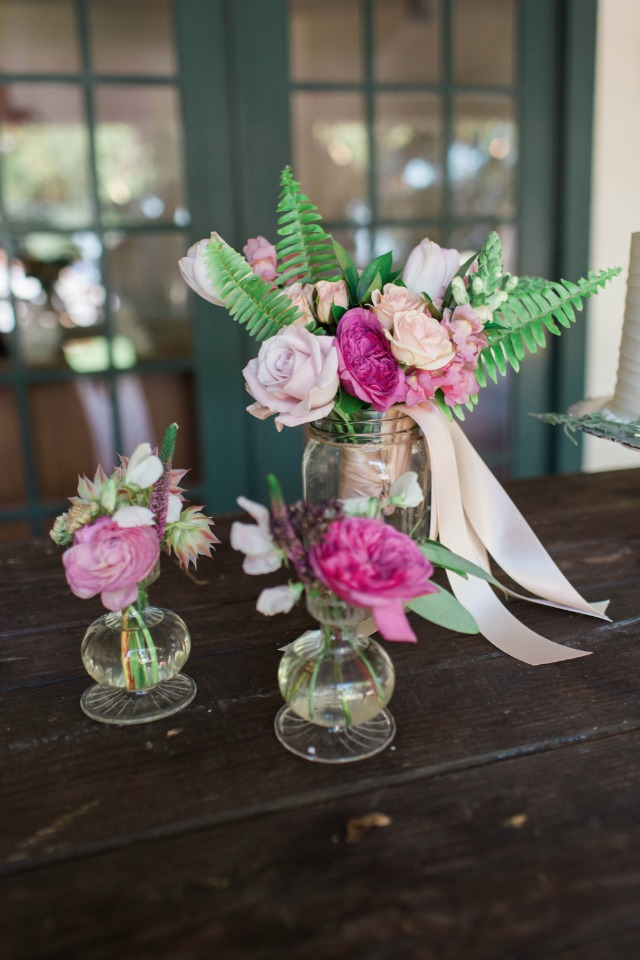 mixed pink floral decor