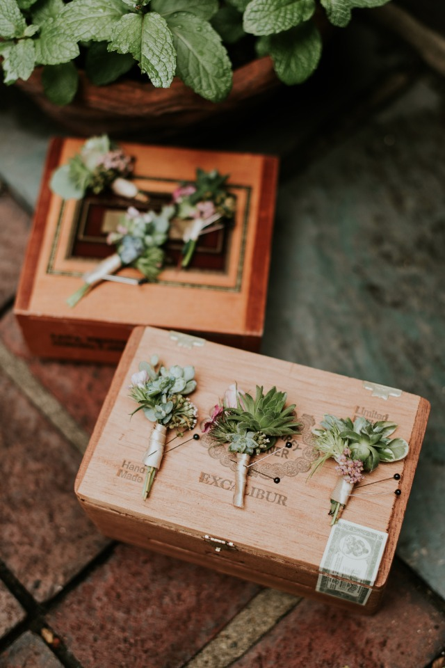 Boutonnieres for your boys