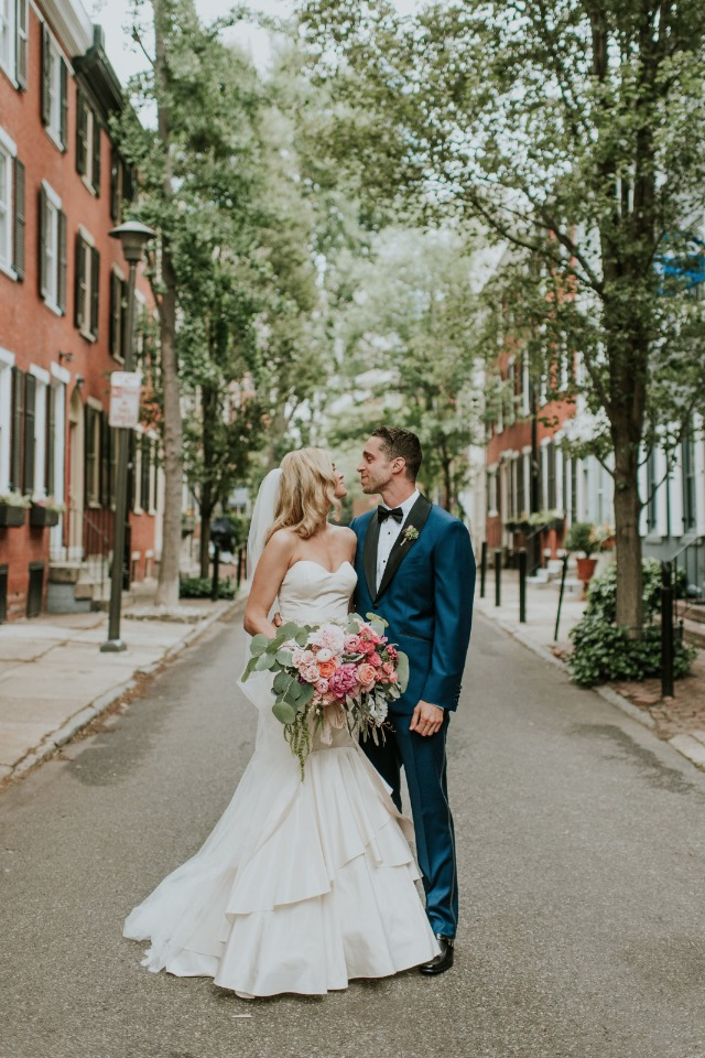 cute Philadelphia wedding photos