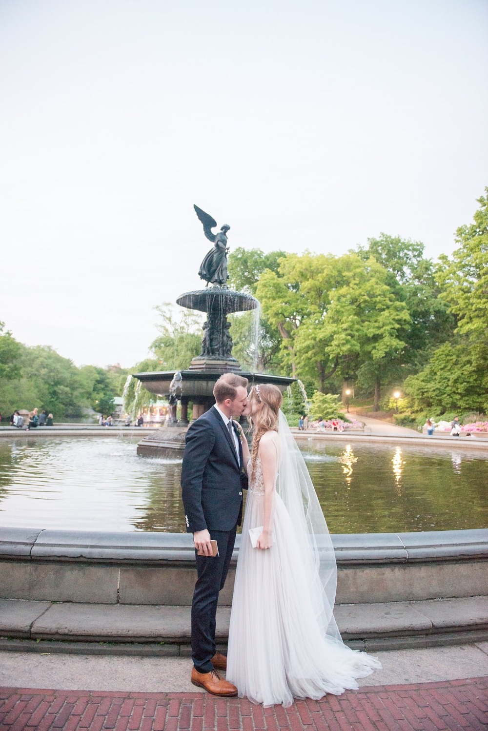 Elopement at Bethesda fountain