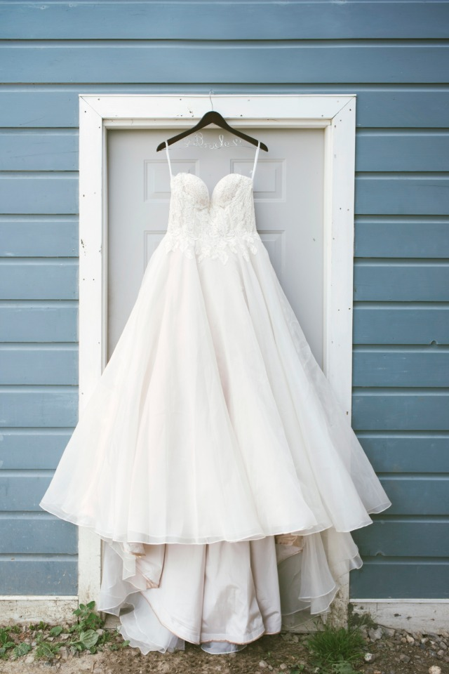 classic bridal wedding gown
