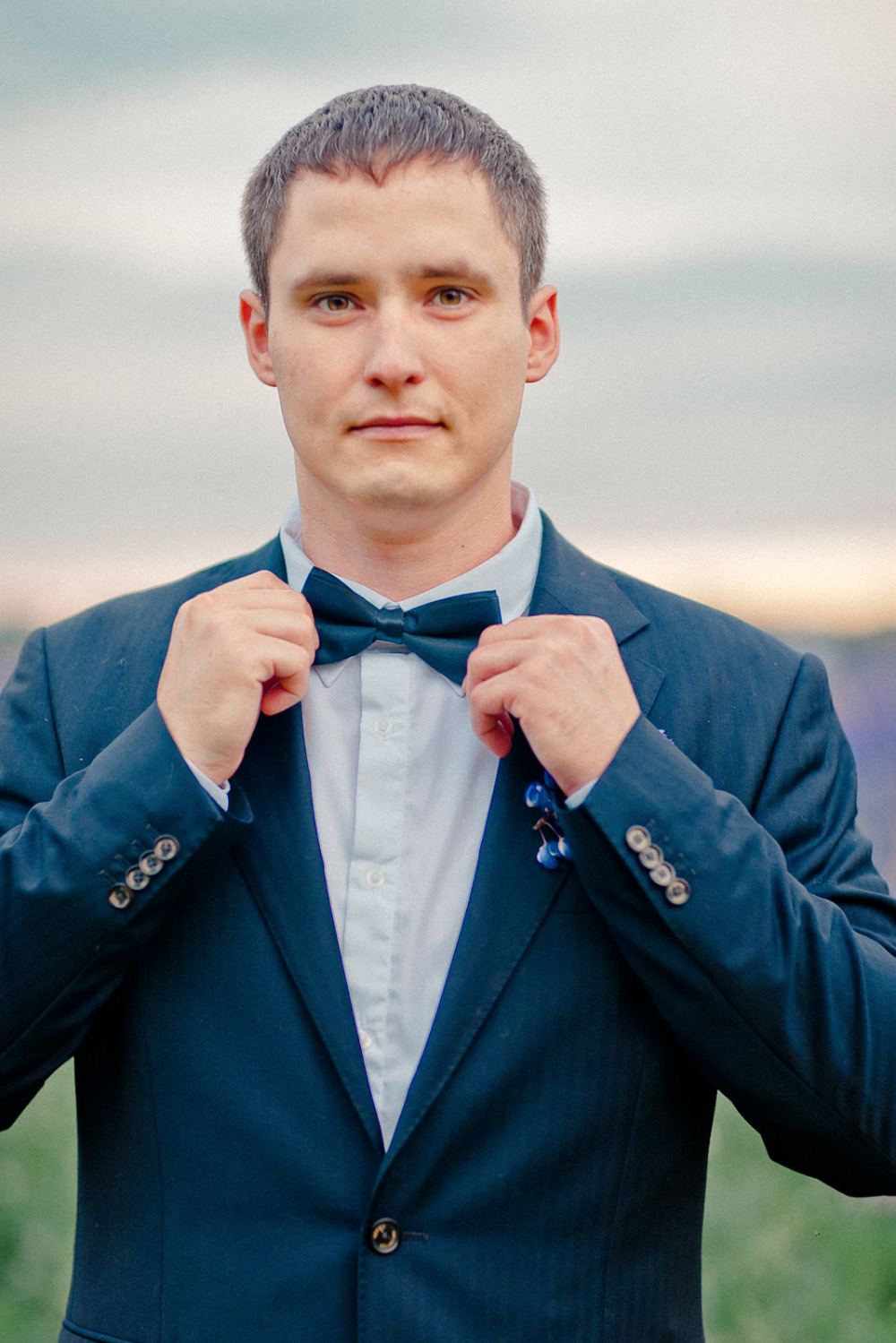 navy groomsman or groom bowtie attire