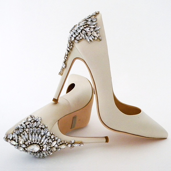 4731ebf1a12943 Absolutely GEORGOUS! Classic stiletto taken to sparkling new heights in the  perfect shade of ivory