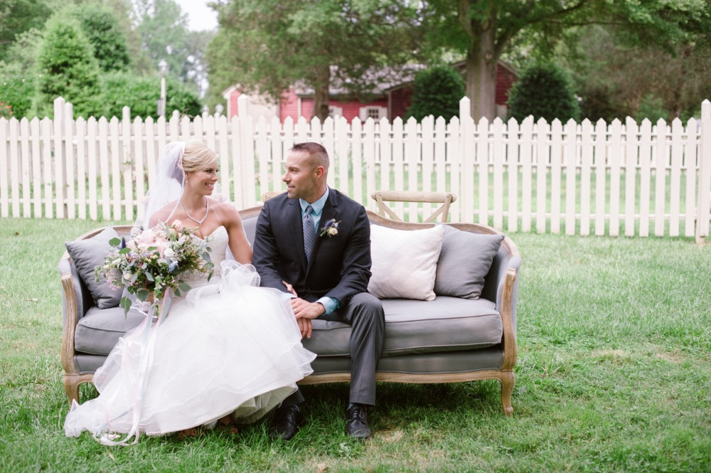 plush wedding couches for the ceremony