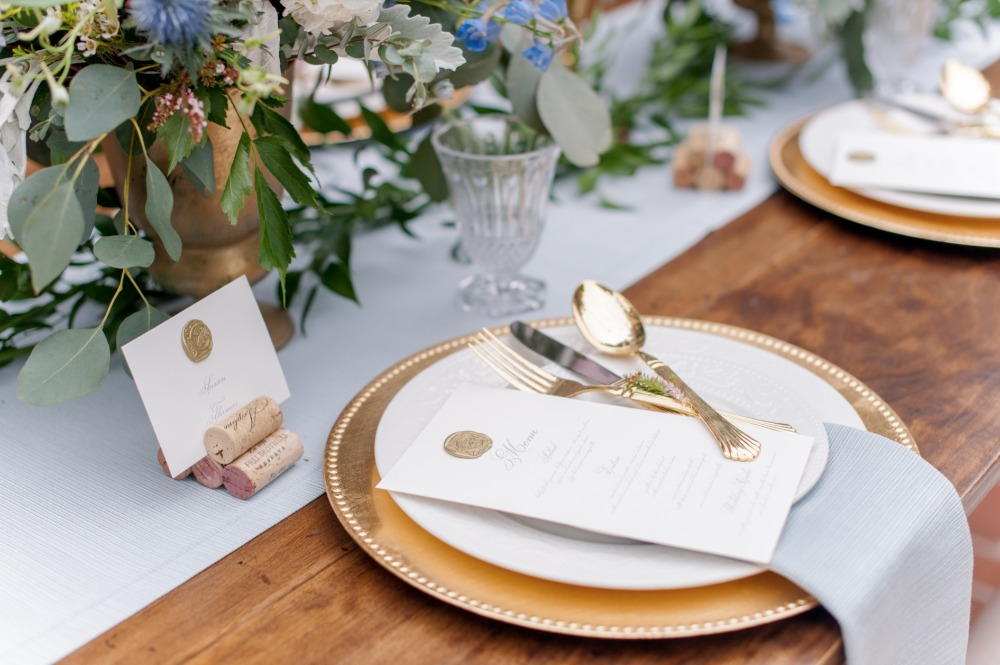 gold and dusty blue table decor