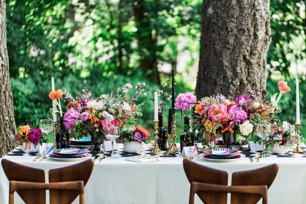 Bright and modern tablescape