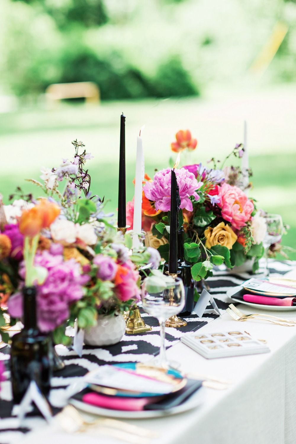 Colorful modern table decor ideas
