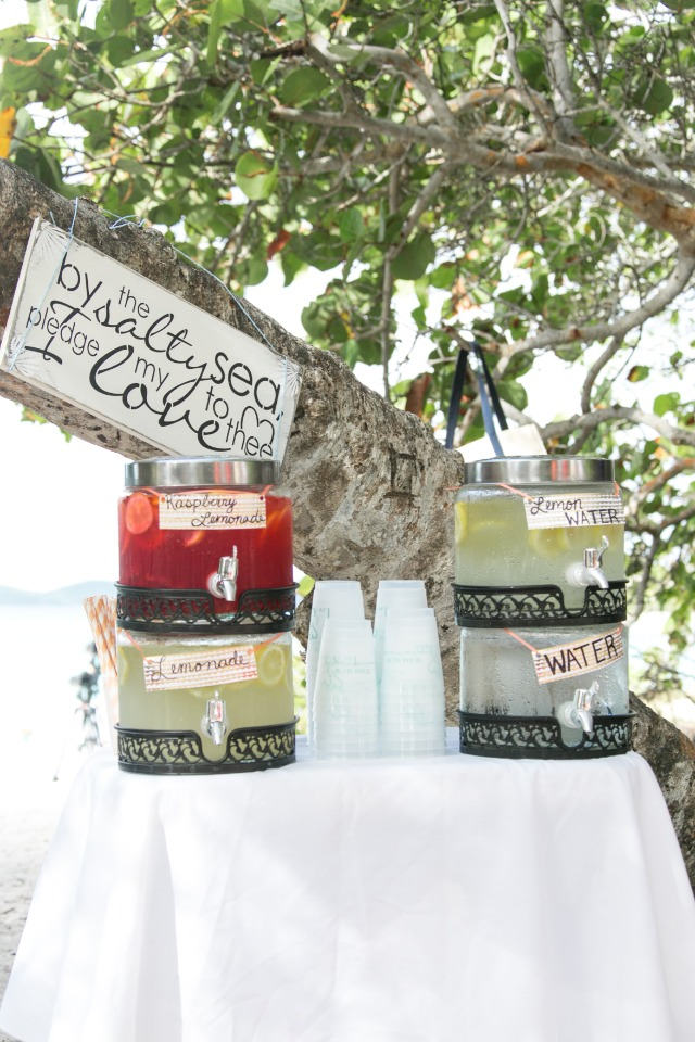 refreshment bar for your beach wedding