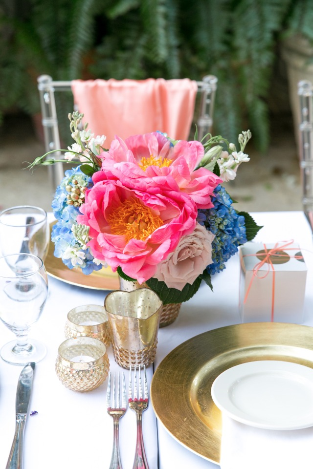 bright pink and blue centerpiece