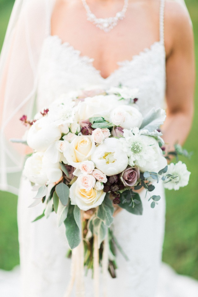 romantic white and dusty purple wedding bouquet