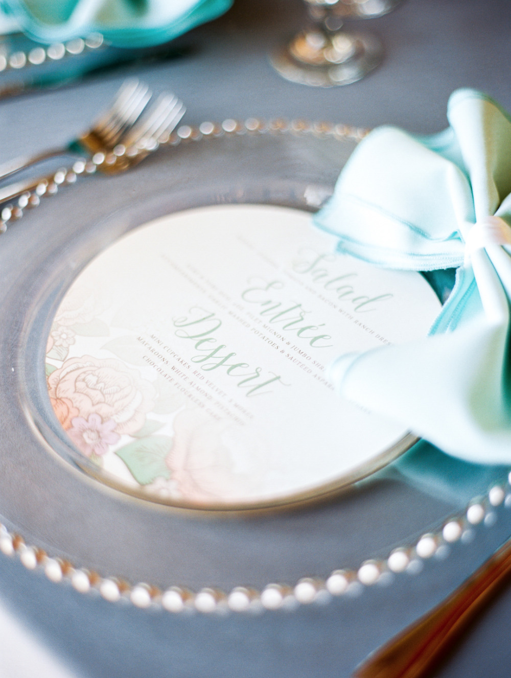 round wedding menu to go on top of chargers