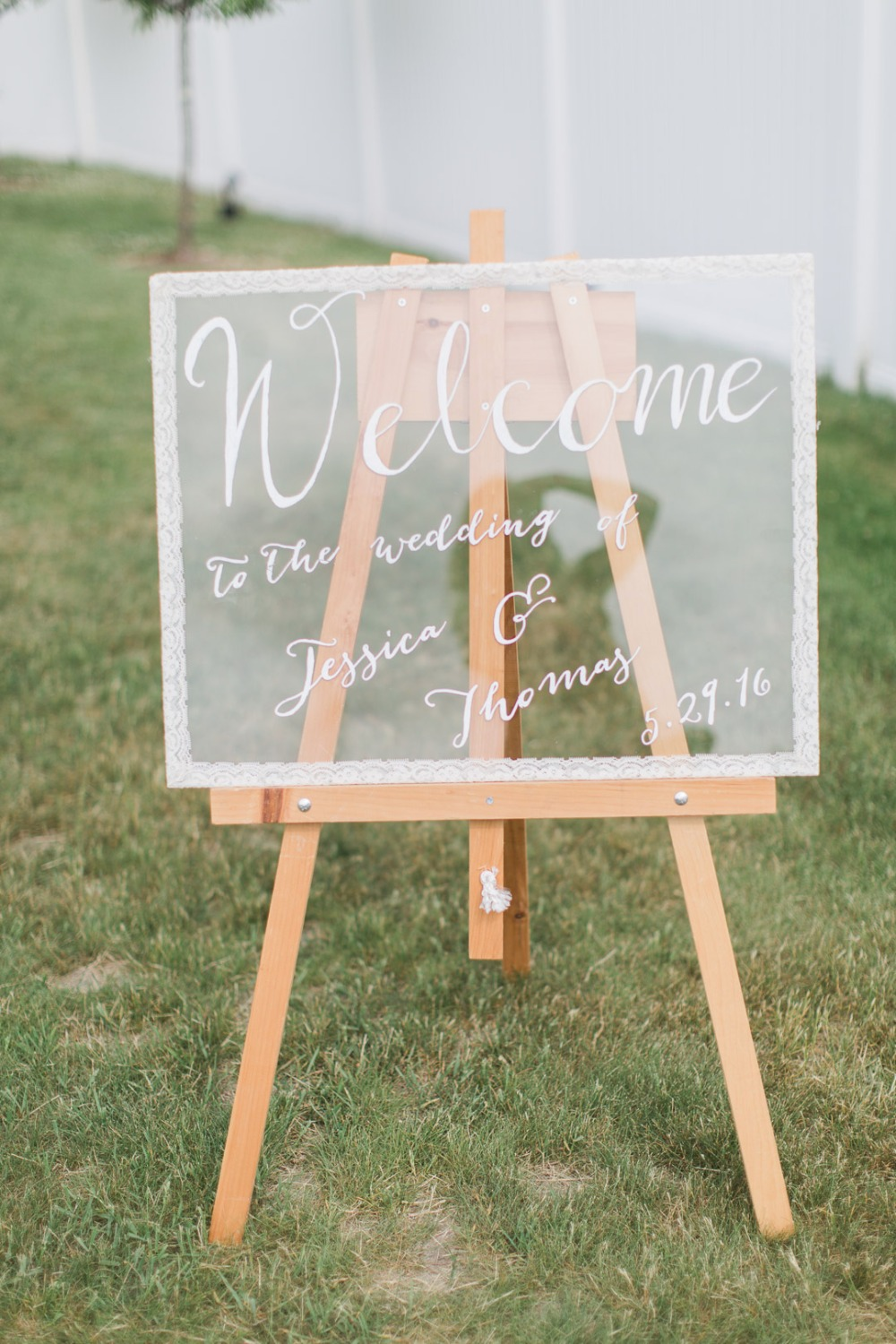 Glass welcome wedding sign