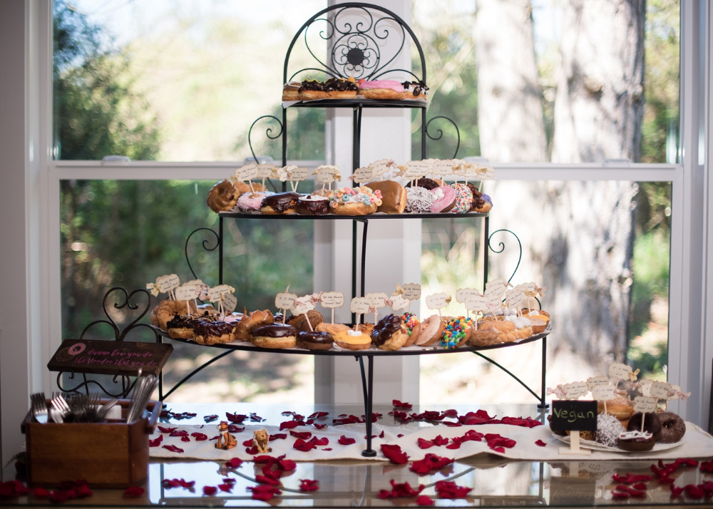 wedding donuts treat table