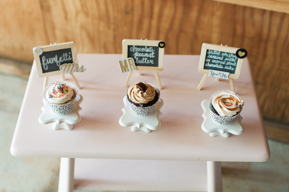 cute wedding cupcake desserts