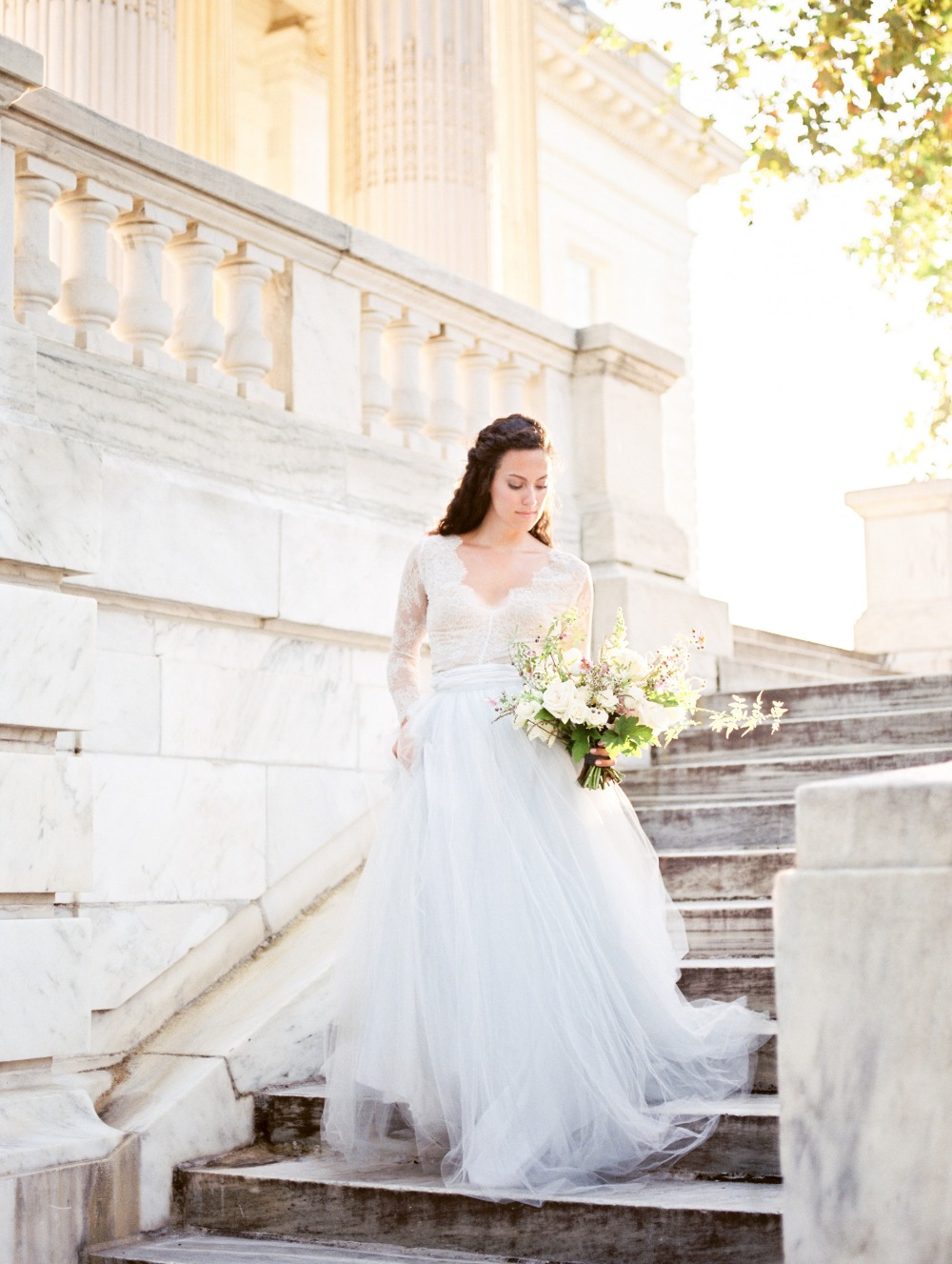 Gorgeous lace and tulle wedding dress