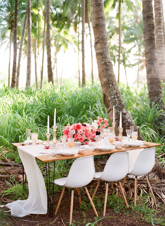 modern chic tropical wedding table decor