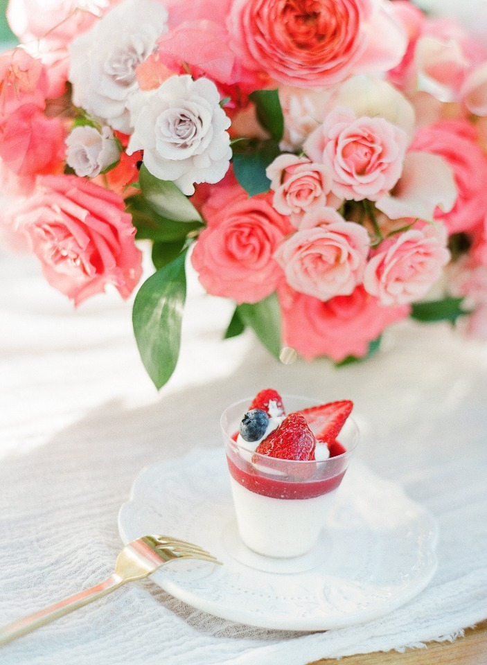 sweet and light wedding dessert idea