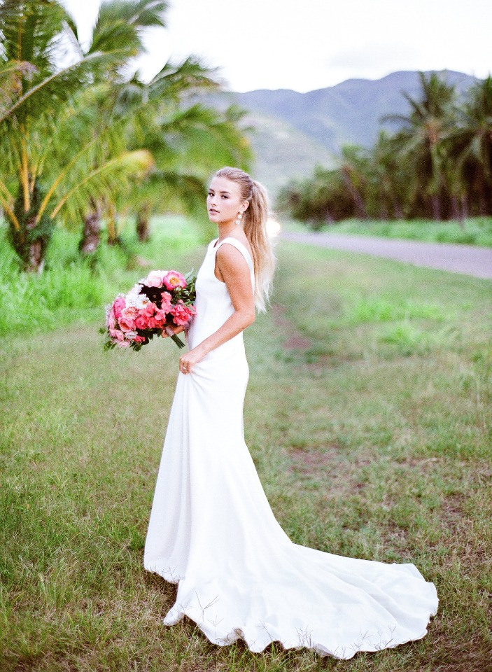 Love and Lace Hawaii wedding dress