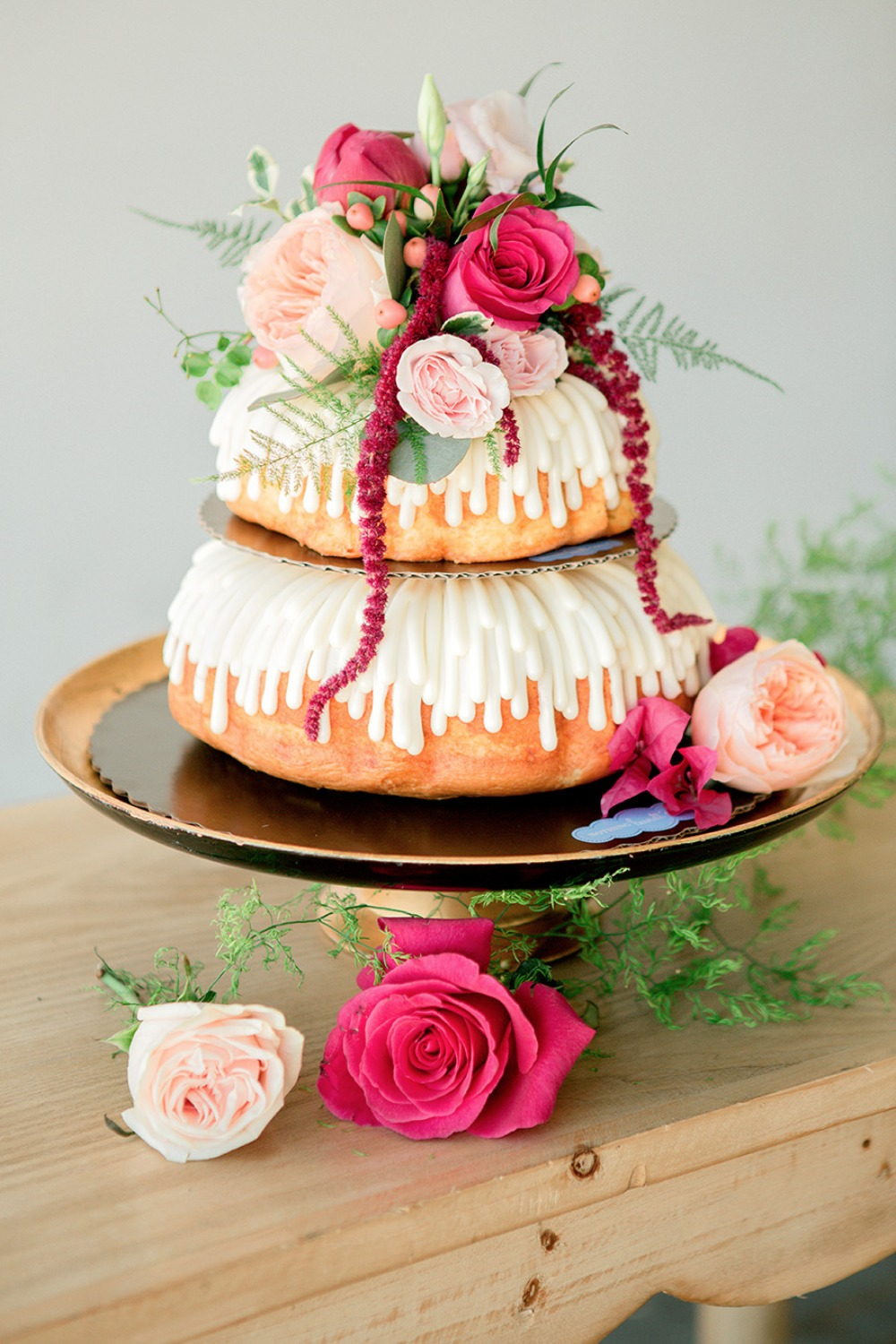 Pretty wedding bundt cake
