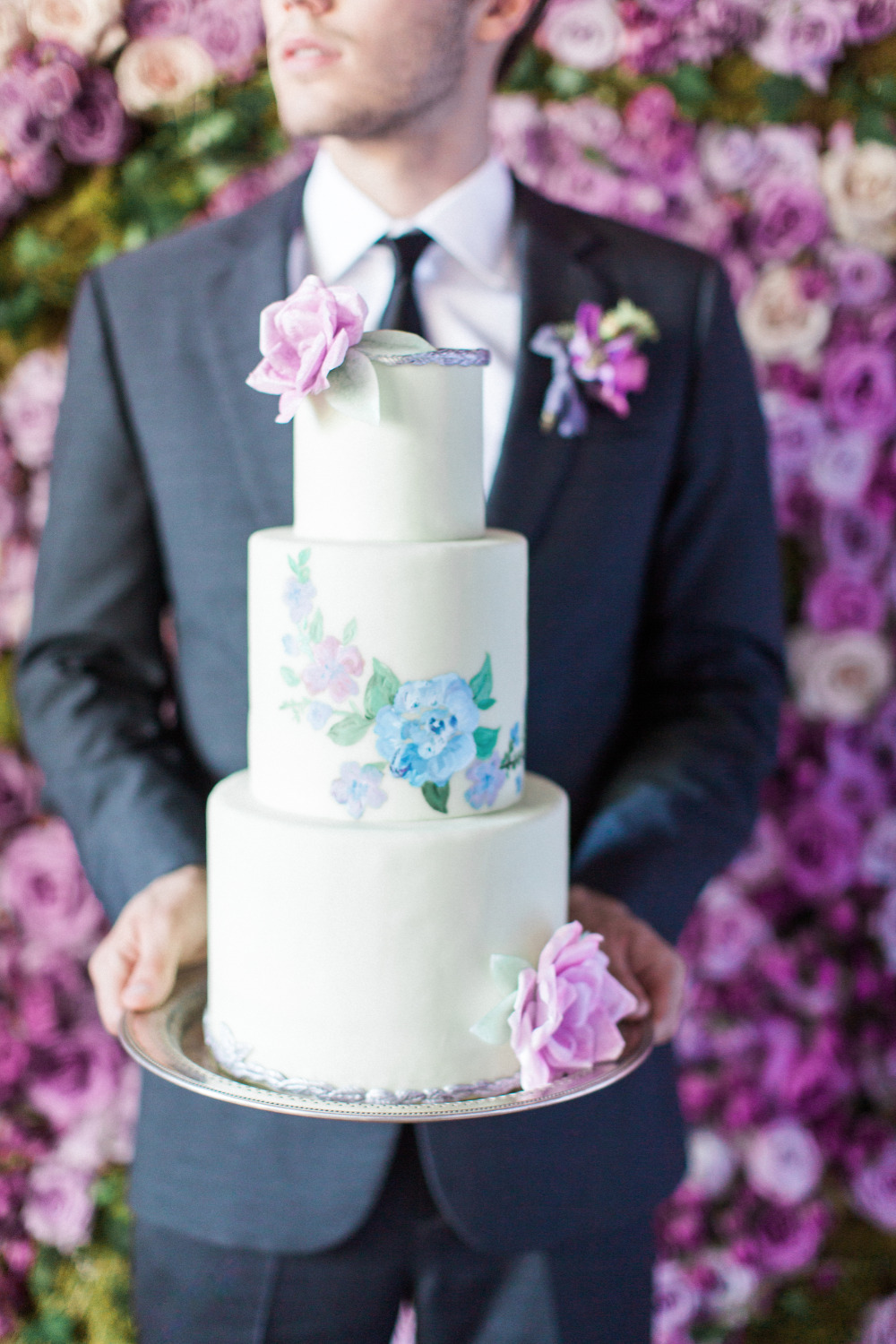 purple and blue flower wedding cake