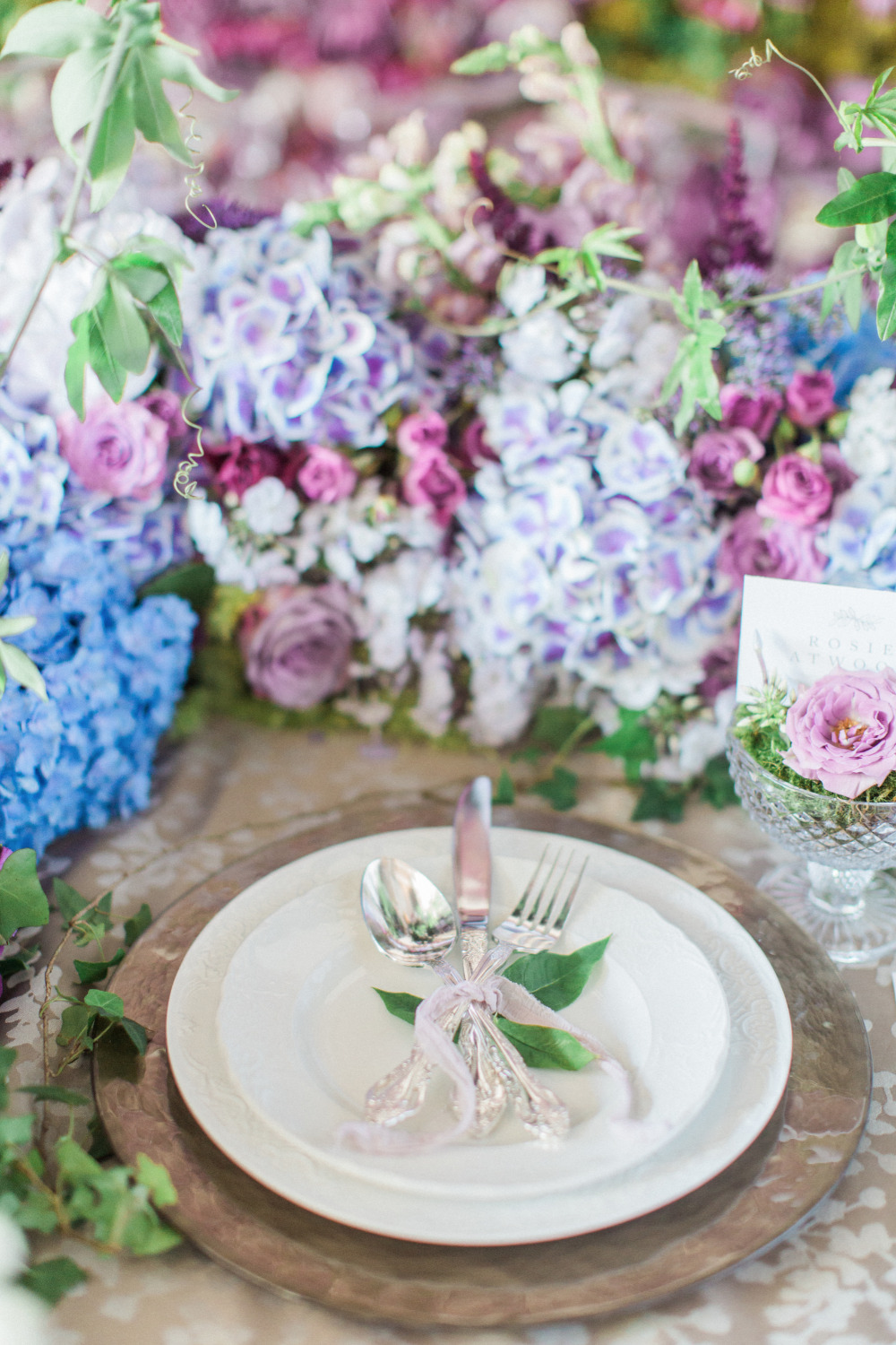 natural garden wedding reception place setting