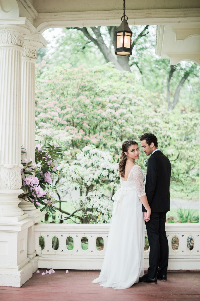 romantic and old world style wedding idea