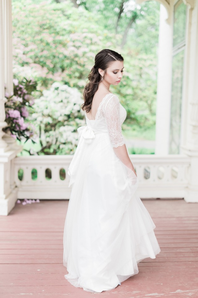 three quarter sleeve wedding dress