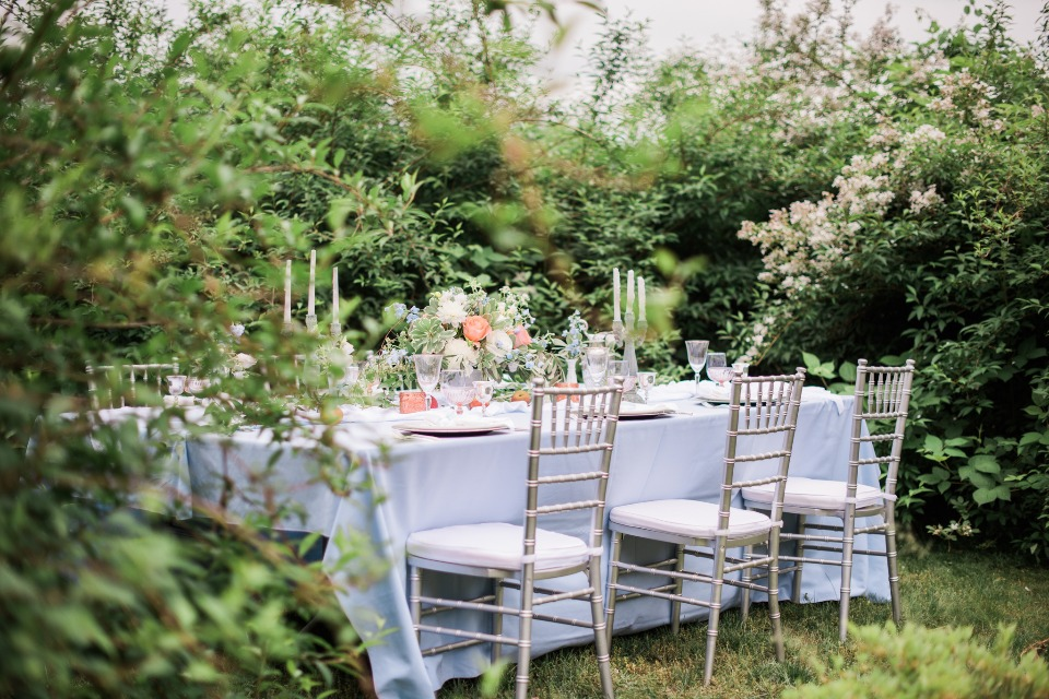 romantic and intimate garden wedding idea