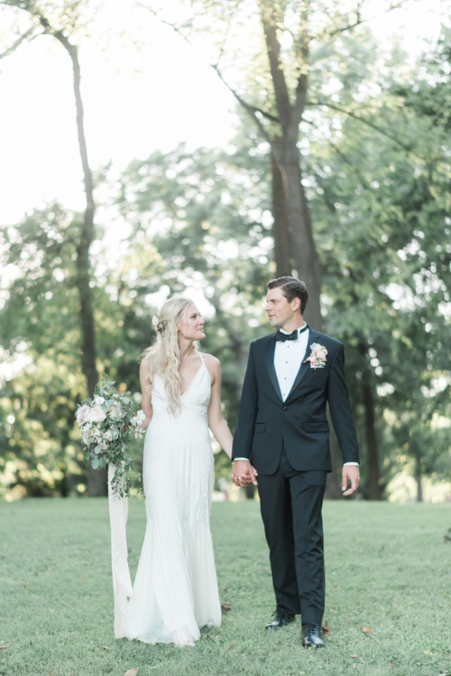 peach and ivory wedding inspiration