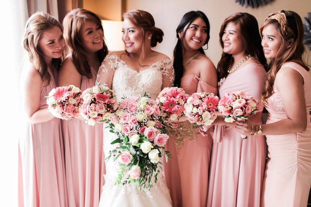 pink bridesmaids bouquets