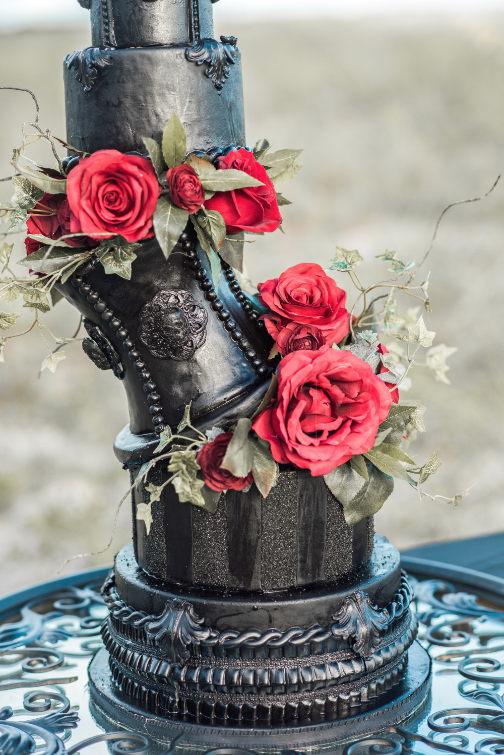 Halloween Wedding Ideas.Gallery Red And Black Halloween Wedding Ideas
