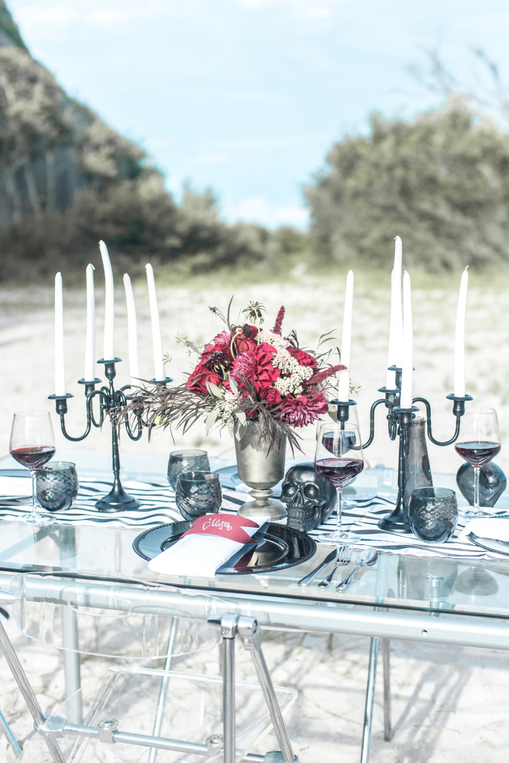 black adn red halloween wedding ideas