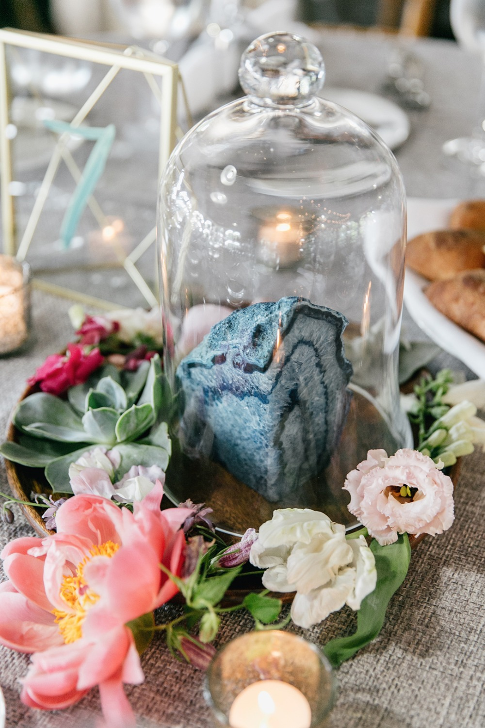 Geode centerpiece idea