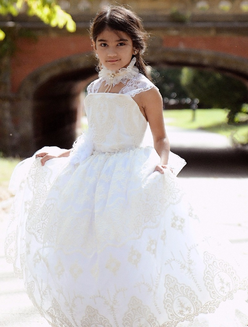 Spring 2017 White and Ivory Lace Cameo Flower Girl Dress Limited Edition