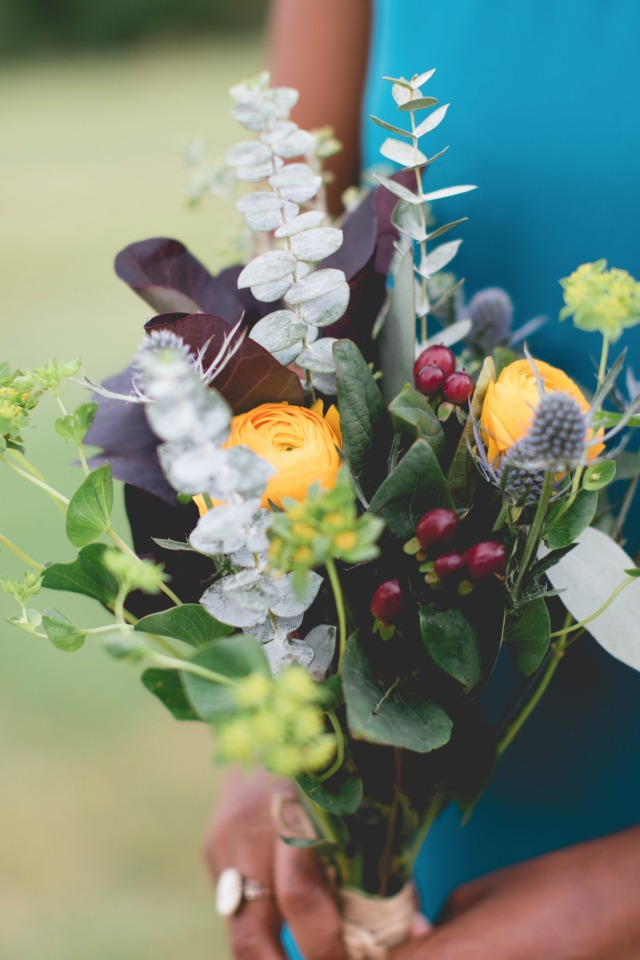 Cute and simple bridesmaid bouquet