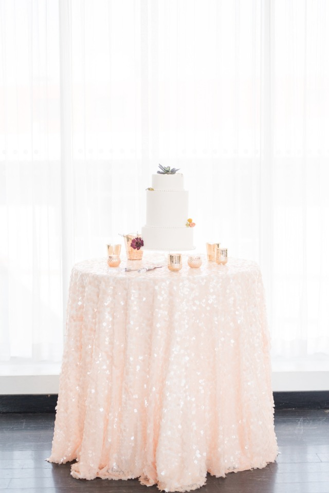 rose gold wedding cake table