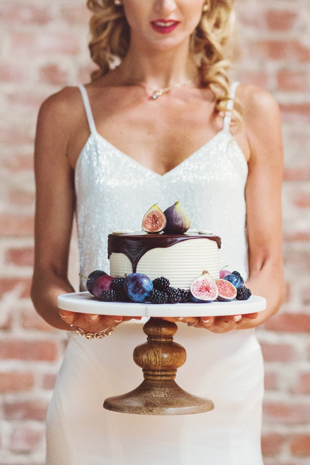 fig topped mini wedding cake