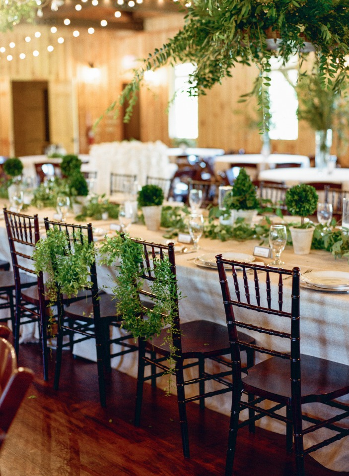 Natural green and white reception